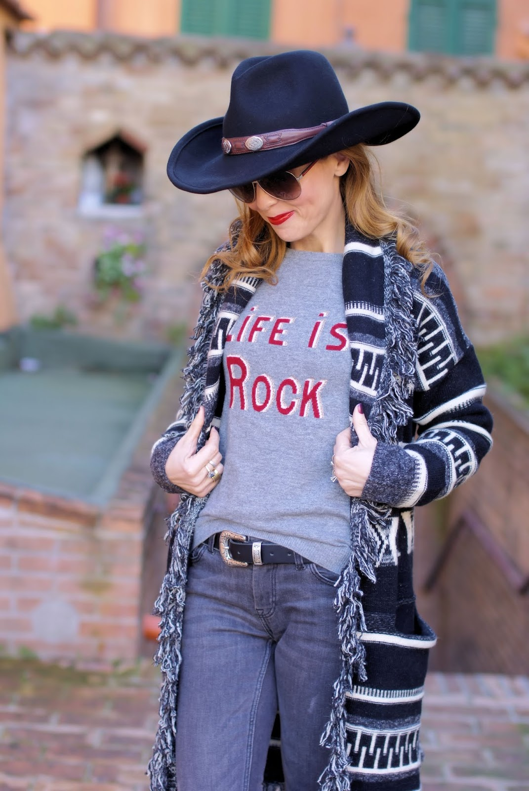 How to dress Country Western style in Winter: Stetson hat on Fashion and Cookies fashion blog, fashion blogger style