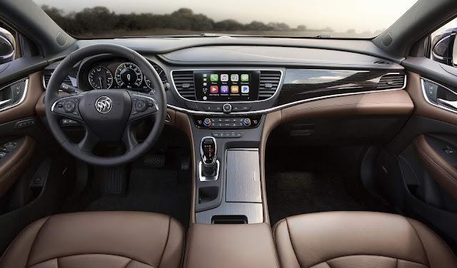 Buick Lacrosse Avenir  - interior