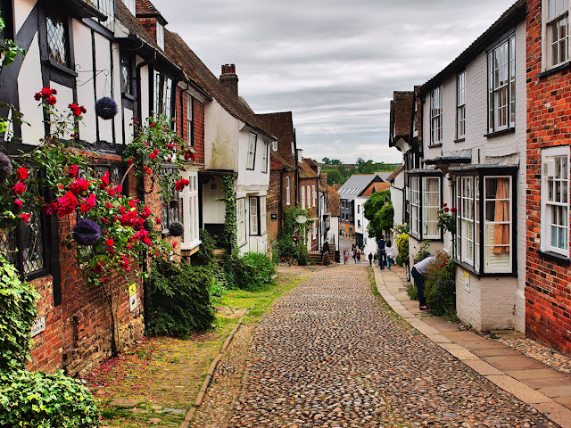 Mermaid Street sussex england Rye