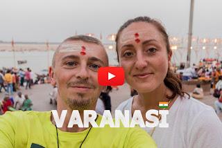 Varanasi INDIEN | Aarti Zeremonie am Ganges globaltraveler WELTREISE