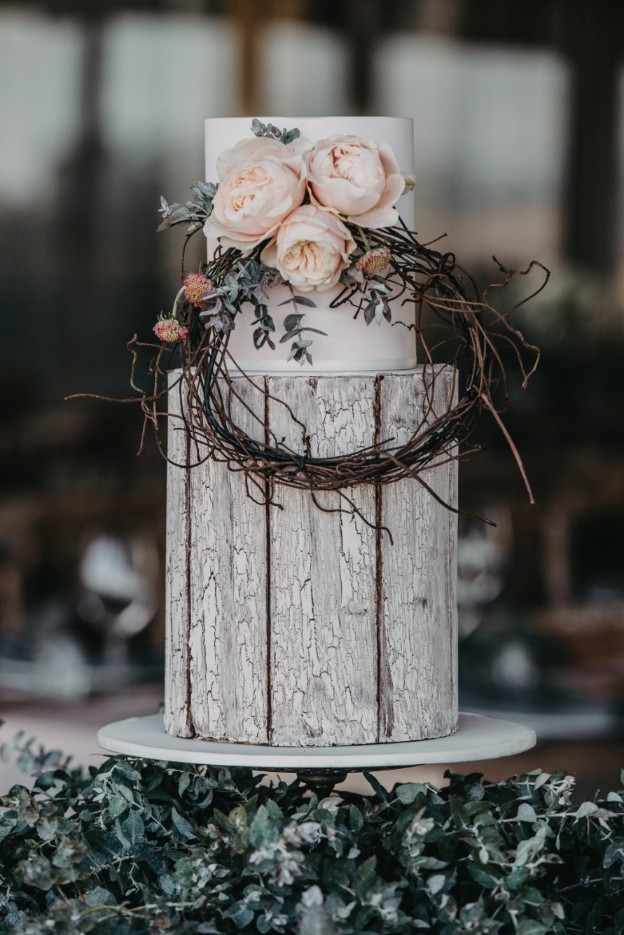 TIZIA MAY PHOTOGRAPHY WEDDING STYLING MELBOURNE FLORALS CAKE VENUE