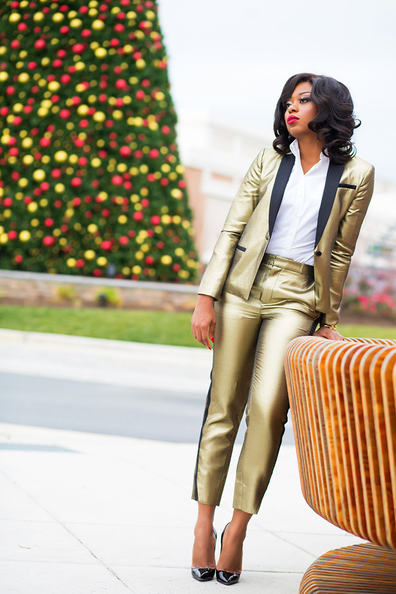BR Monogram Gold Blazer, Suits and bow tie Bold suit, Christmas party, www.jadore-fashion.com