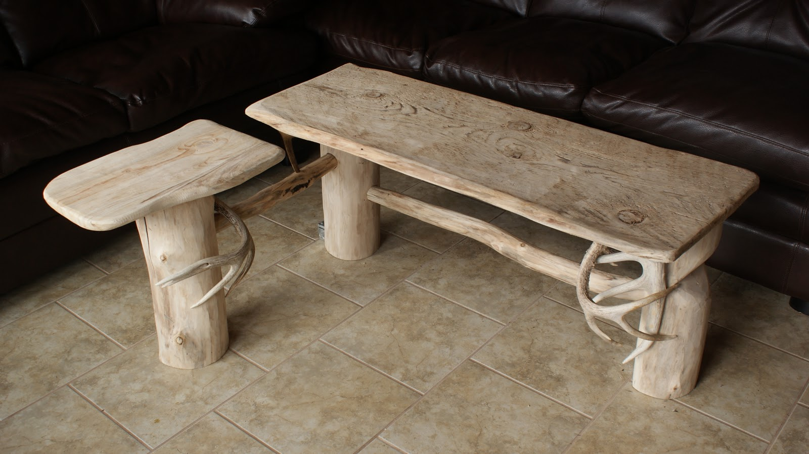 Off the Grid at -30: Frugal Tuesday - Homemade Coffee Table