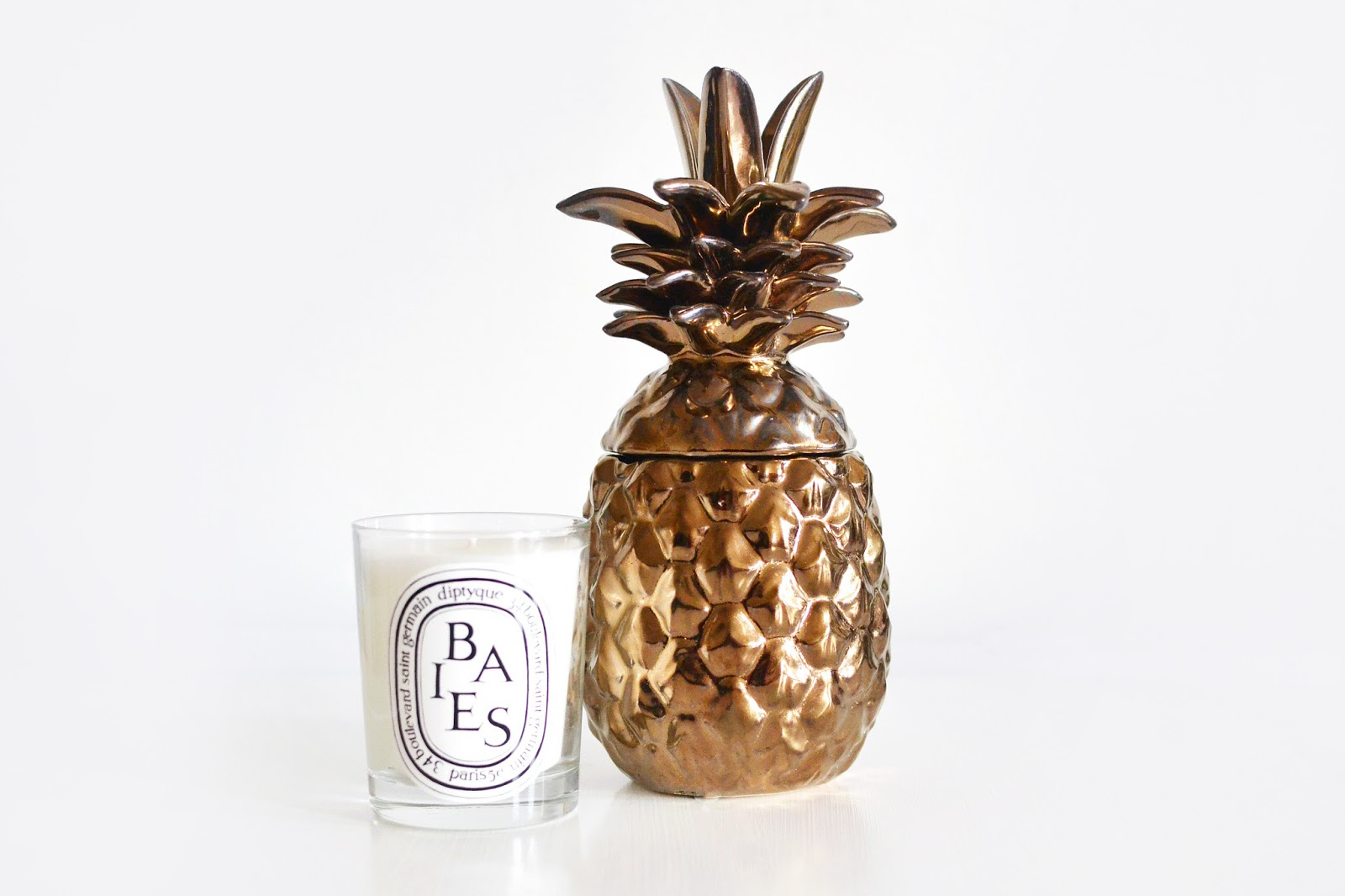 gold pineapple ornament for home