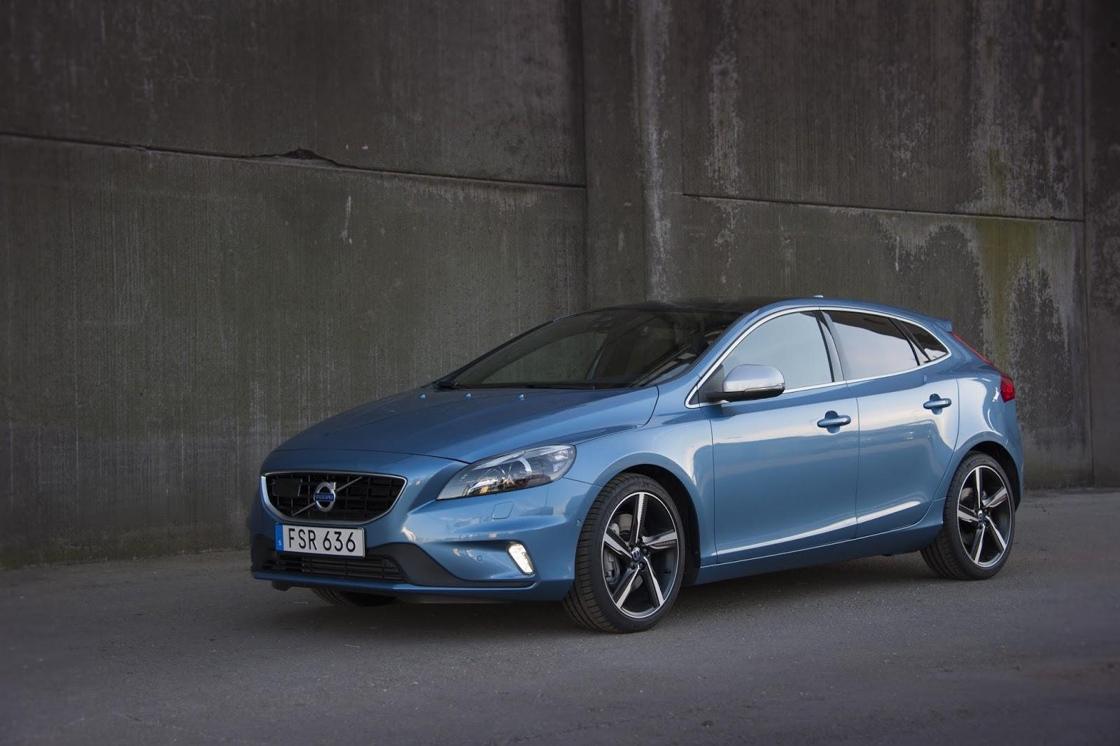 V40%2B1.5%2BT3%2BAUTO 1 Το Volvo V40 Cross Country με το νέο κινητήρα 1,5 λίτρων, απόδοσης 152 ίππων από 21.900 €