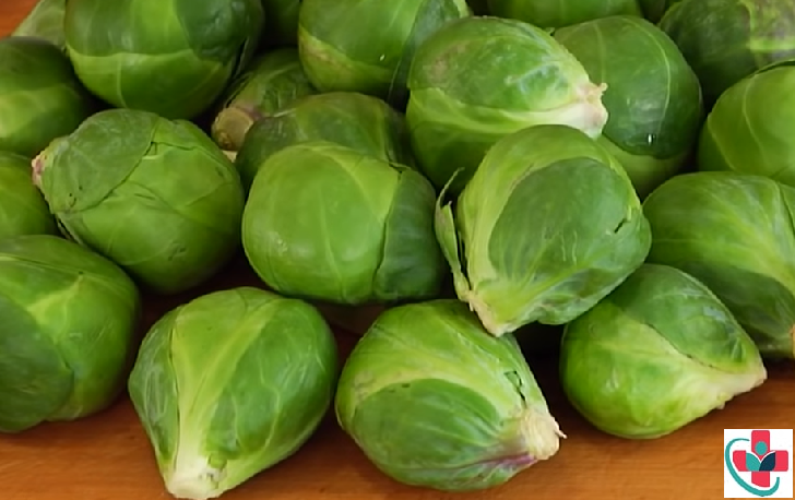 The longest way to keep fresh Brussel sprouts is in an open bowl in the fridge with outer leaves left on or stored in a very cool place with light moisture.