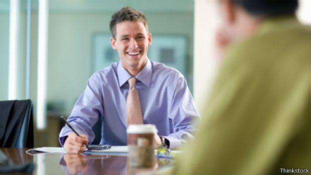 كيف ترد بذكاء على أسئلة المقابلات الشخصية للوظائف؟