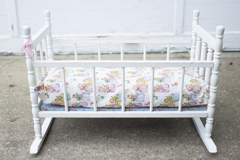 Vintage Doll Bed Makeover