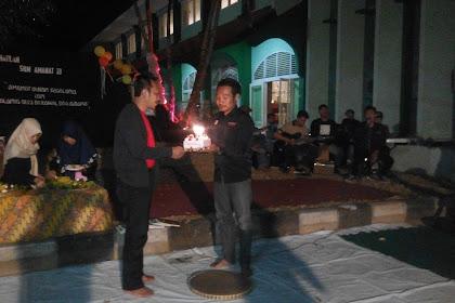 Rayakan ulang tahun ke-33, SKM Amanat potong tumpeng dan luncurkan edisi baru