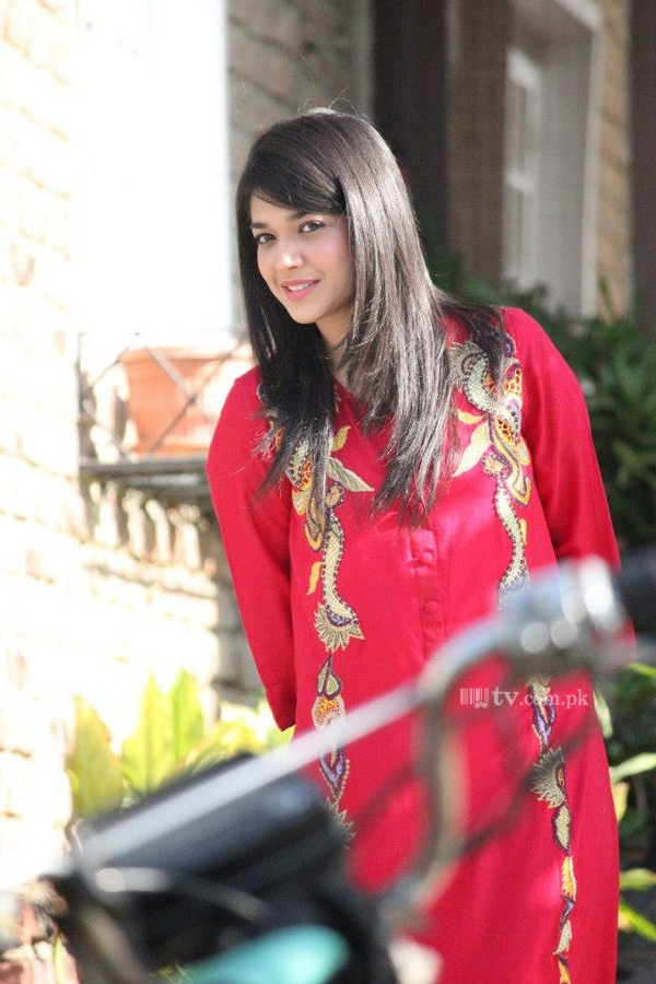 9e7647a0fe Sanam Jung - Images And Biography