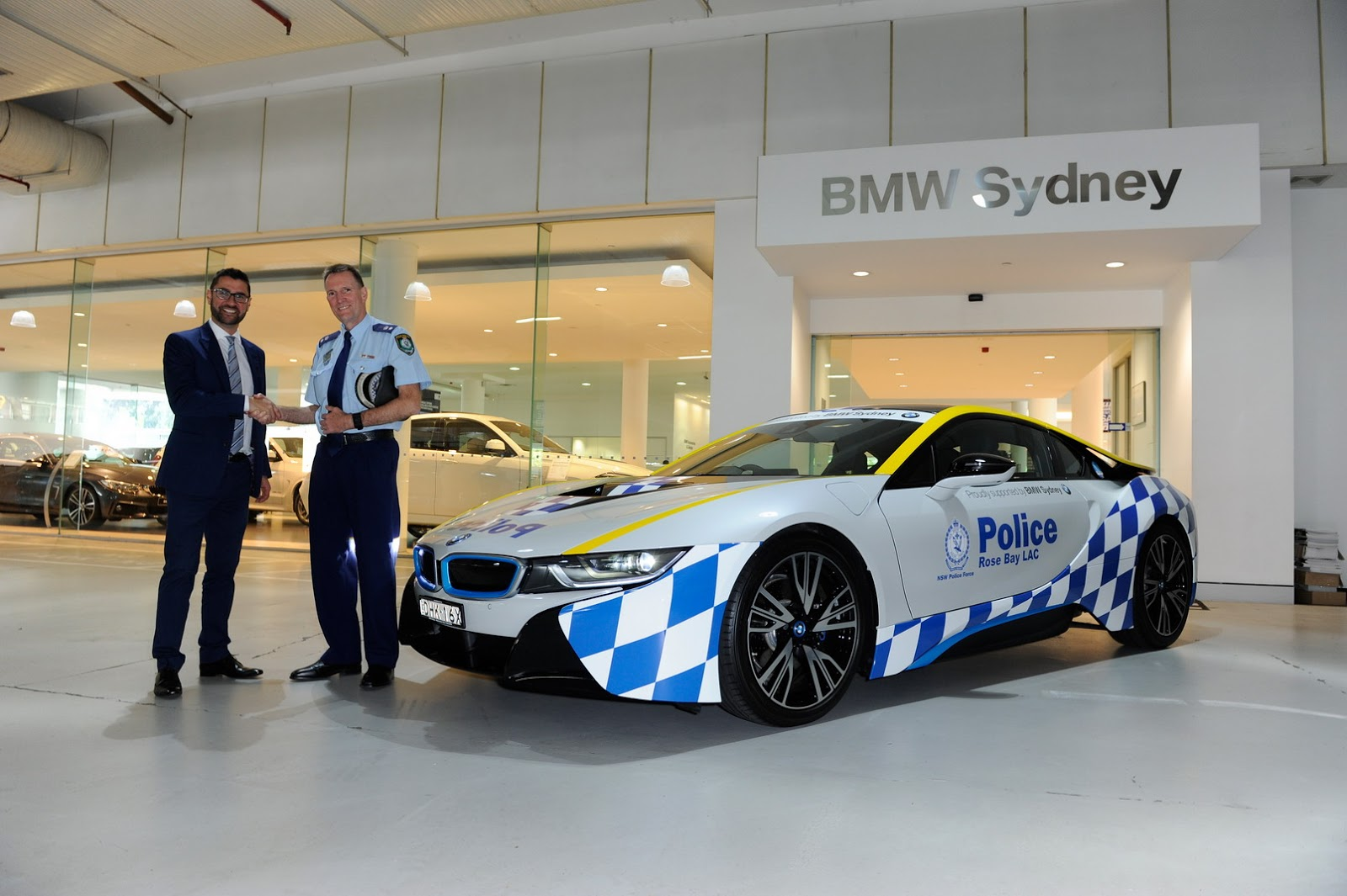 bmw i8 joins sydney police fleet to bring the community closer to the force