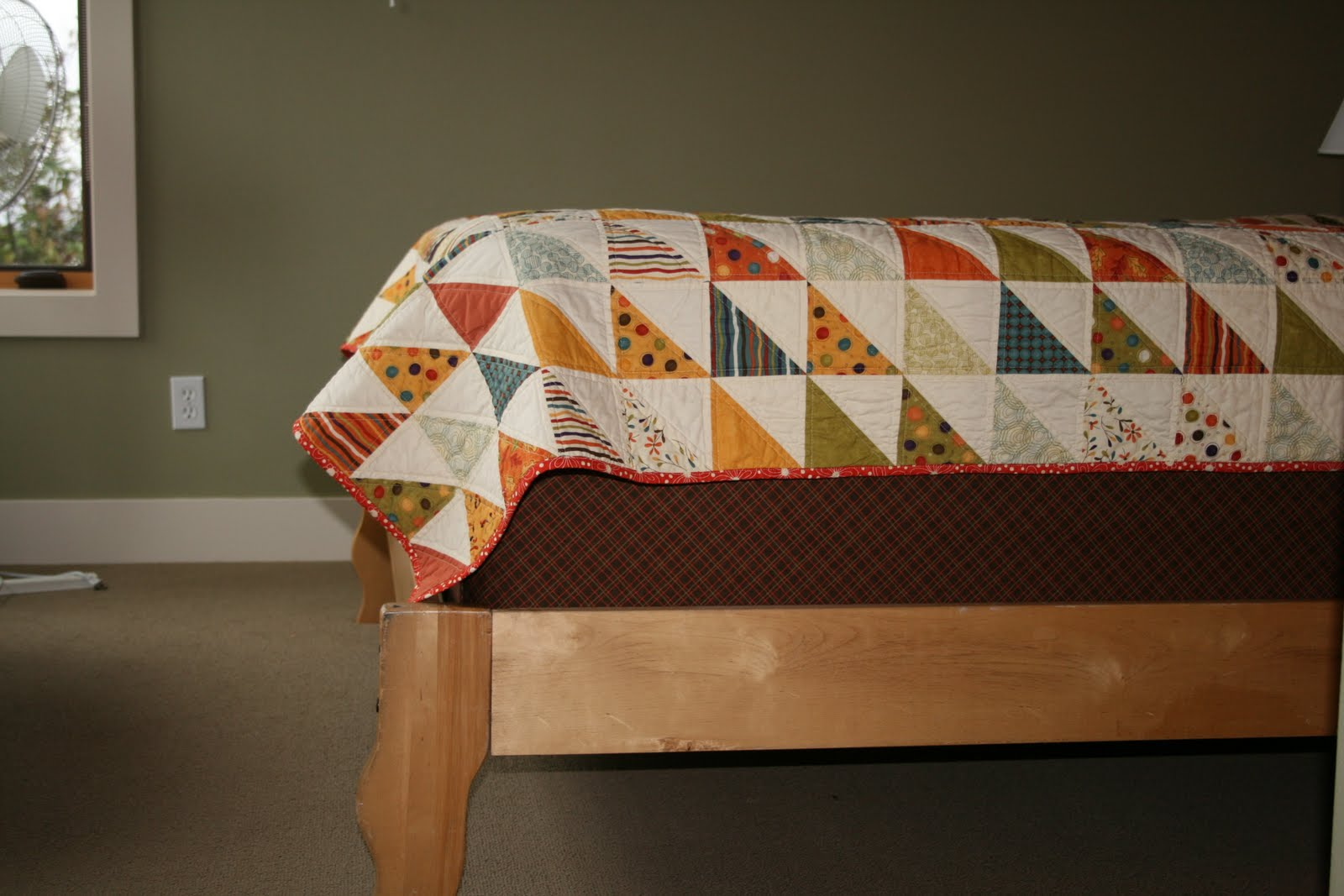 Shiner's view ...: Box-spring cover tutorial : quilted box spring cover - Adamdwight.com