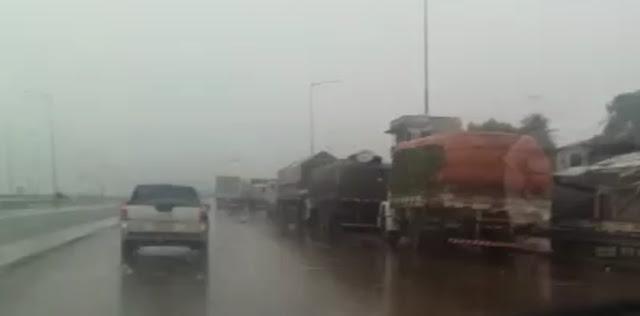 Bloqueio continua em estradas da Mata Norte