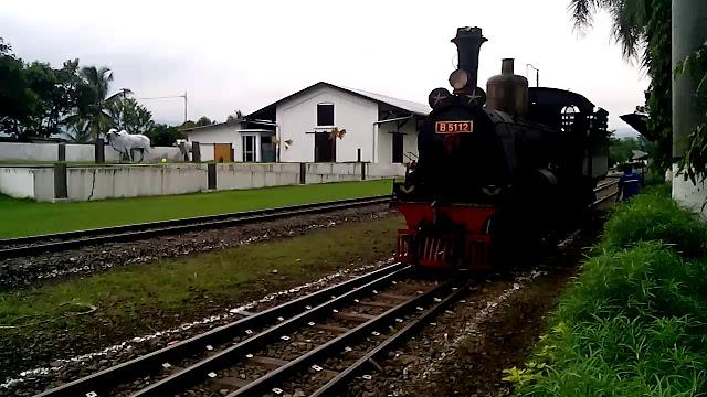 Mencoba Kereta Unik Di Museum Kereta Api Ambarawa  Mencoba Kereta Unik Di Museum Kereta Api Ambarawa