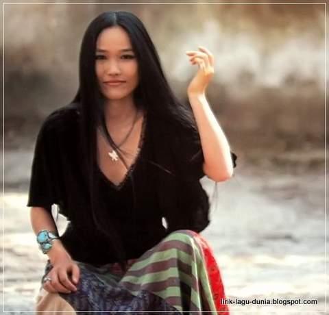 Mayumi Itsuwa - Penyanyi asli Kokoronotomo