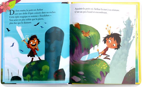 Un petit livre d'or : L'épée du petit roi Arthur de Pascal Brissy et Christophe Lautrette - Deux Coqs d'Or