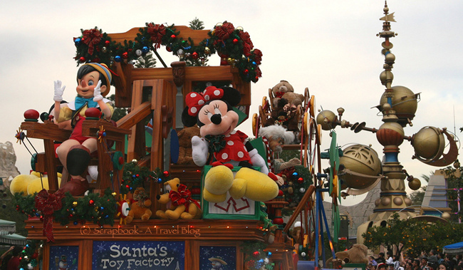 Disneyland Resort Anaheim Parade