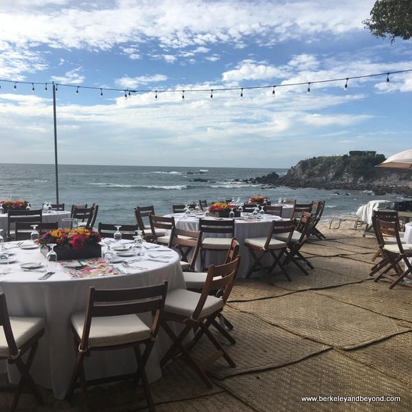 ocean-side dining at Four Seasons Resort Punta Mita in Mexico