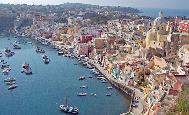 Nápoles na Itália