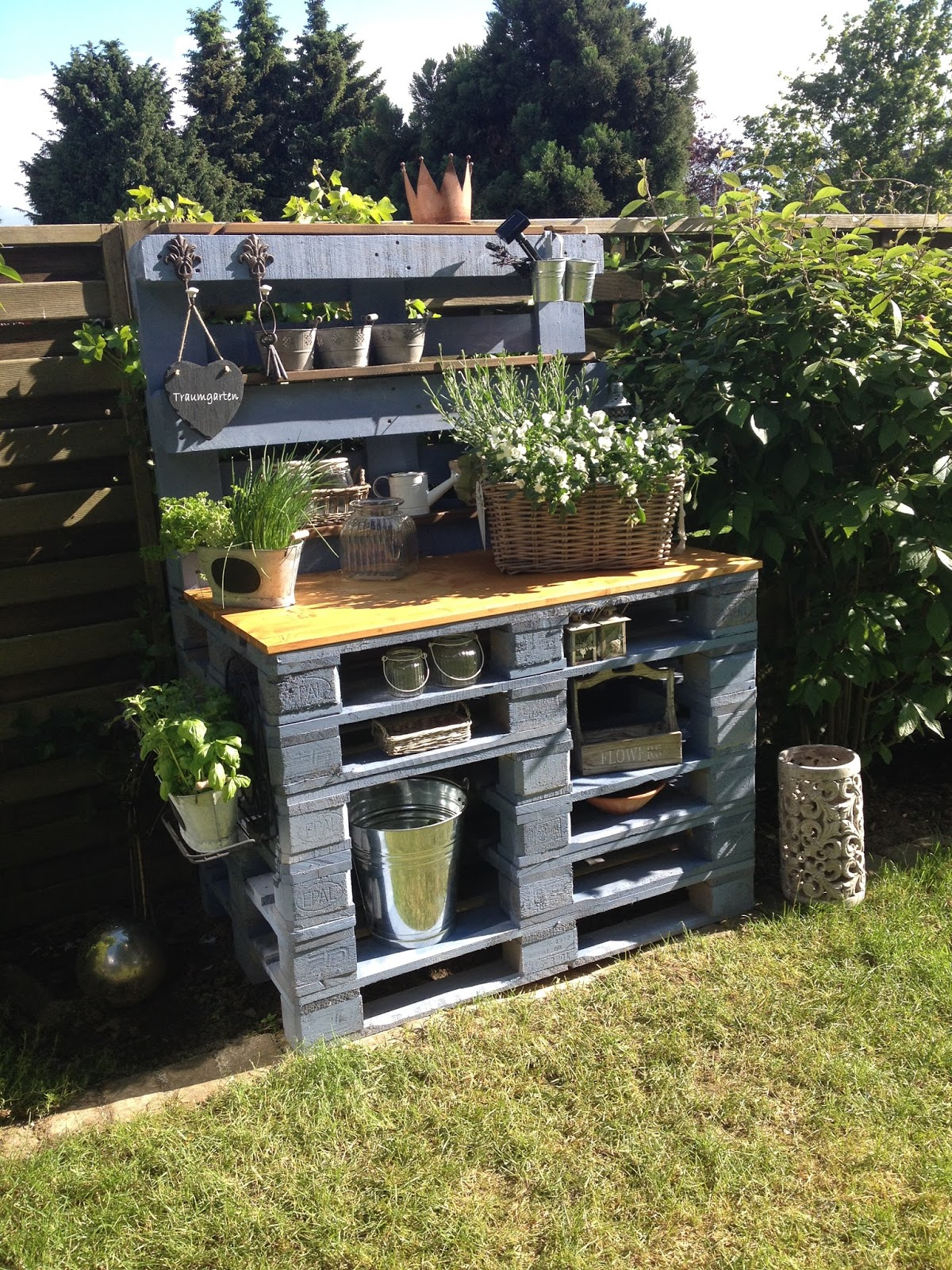 my cozy days mein pflanztisch oder ein diy zum herbstanfang. Black Bedroom Furniture Sets. Home Design Ideas