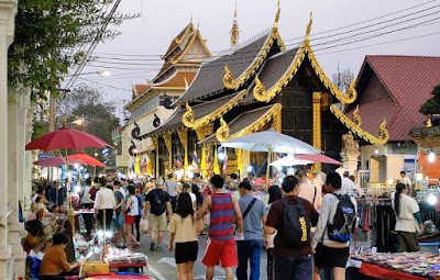 Sunday Walking Street, Chiang Mai