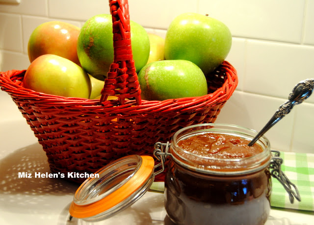 Spicy Apple Butter at Miz Helen's Country Cottage
