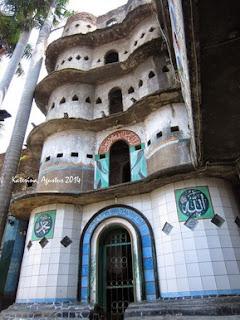 http://www.teluklove.com/2017/04/pesona-keindahan-wisata-masjid-pintu.html