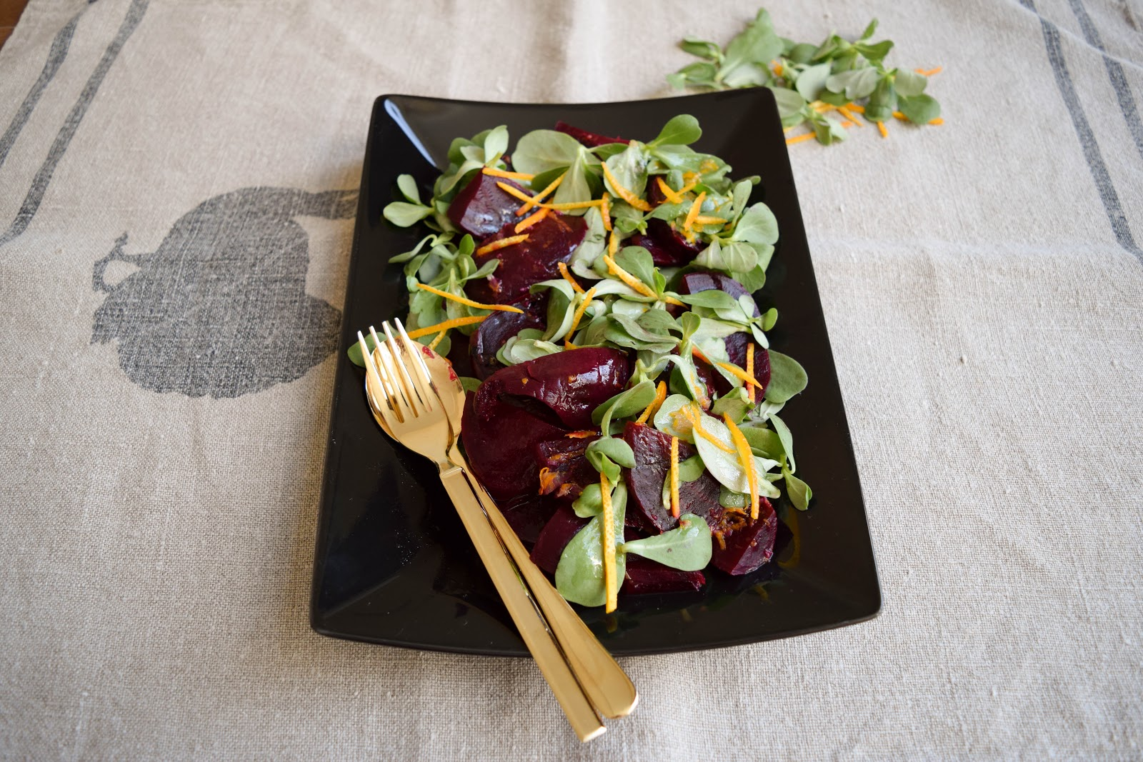 Beetroot and purslane salad with orange dressing