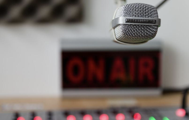 """Backlash as more radio stations ban """"Baby, It's Cold Outside"""" – over 90% in informal surveys want it back"""
