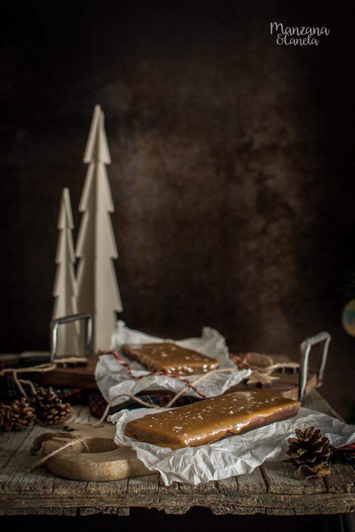 Turrón de chocolate y caramelo salado. Receta con y sin Thermomix.