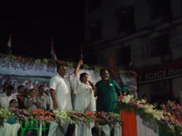 Mamata di campaigning for Partha & Sovan da @Behala