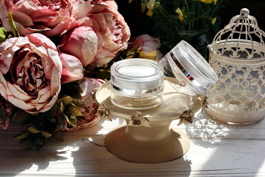 Hormeta. Косметика для спасения уставшей кожи: Нежный успокаивающий крем Soft и Увлажняющий крем Moist / обзор, отзывы