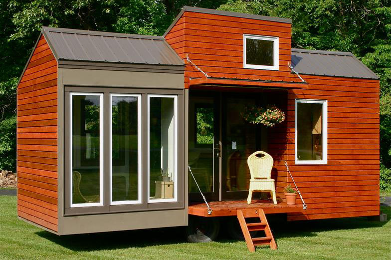 10 Facts About the Tiny House Movement That'll Make Your Hair Stand on