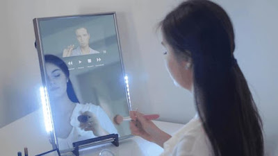 Smart Mirror by Perseusmirror