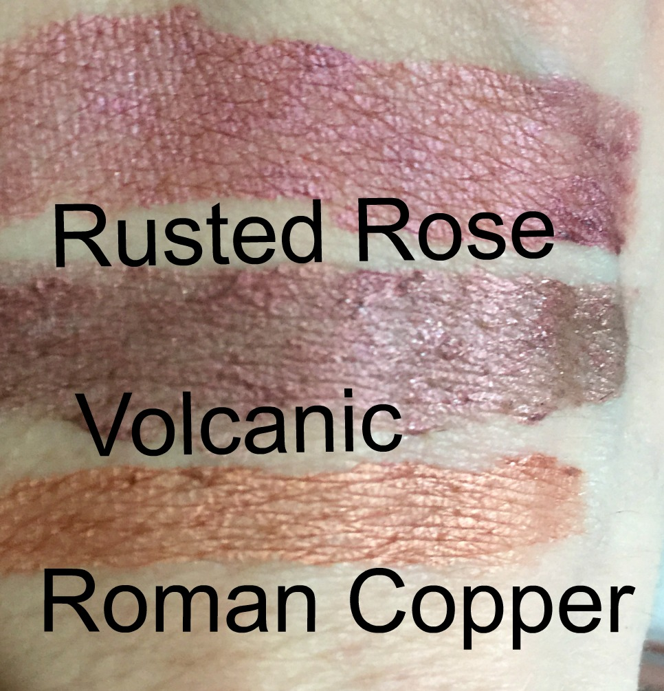 sleek distorted dreams matte me metallic lip creams swatch