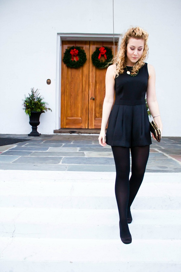 womens-holiday-style-black-romper