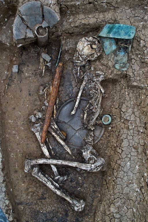 Unusual burials unearthed at ancient cemetery in Georgia