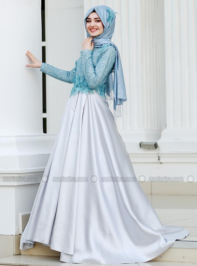 Hijab Chic Turque Style and Fashion vous présente 20 robes hijab de soirée  turques styles hiver et été 2018. Les voici en images sans tarder