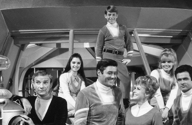 Lost in Space holiday.filminspector.com