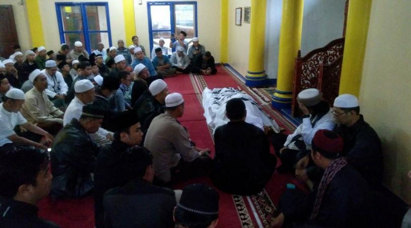 Umatizen | Hari Moekti Ingin Peti Matinya Diselimuti Bendera Ar-Rayah | Umatizen.com | Berita Duka