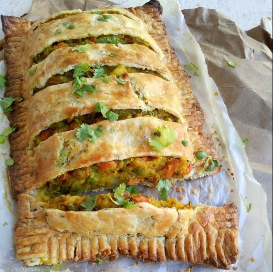 LOADED SPICY VEGGIE PIE #Vegetarian #Breakfast