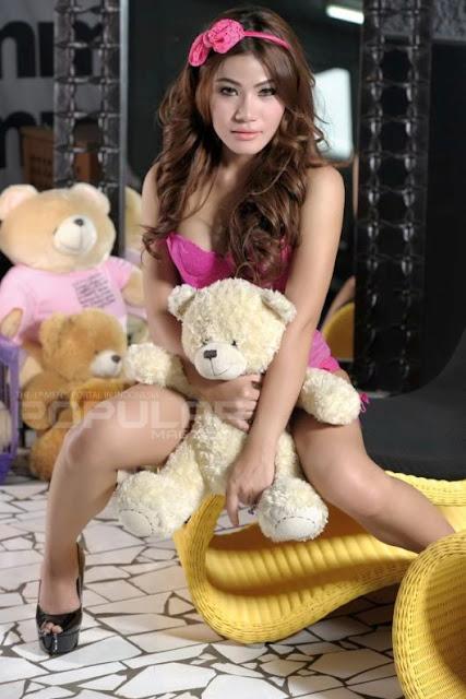 Foto Terbaru Sisca Amanda, Sisca Amanda Di Majalah Popular