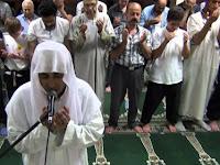 Inilah Bacaan Doa Qunut Subuh dan Witir yang Benar dan Lengkap
