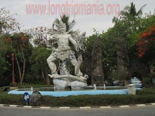 Patung Dewa Ruci di kawasan BTDC Nusa Dua