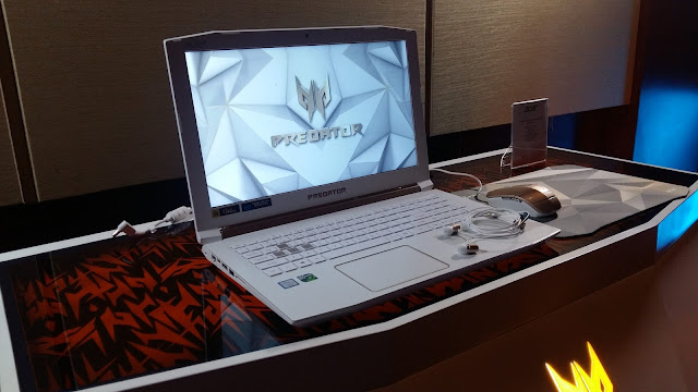 Predator Helios 300 Special Edition laptop gaming terbaru