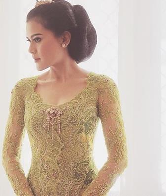 Model Baju Kebaya Modern Dari Bahan Brokat Terbaru