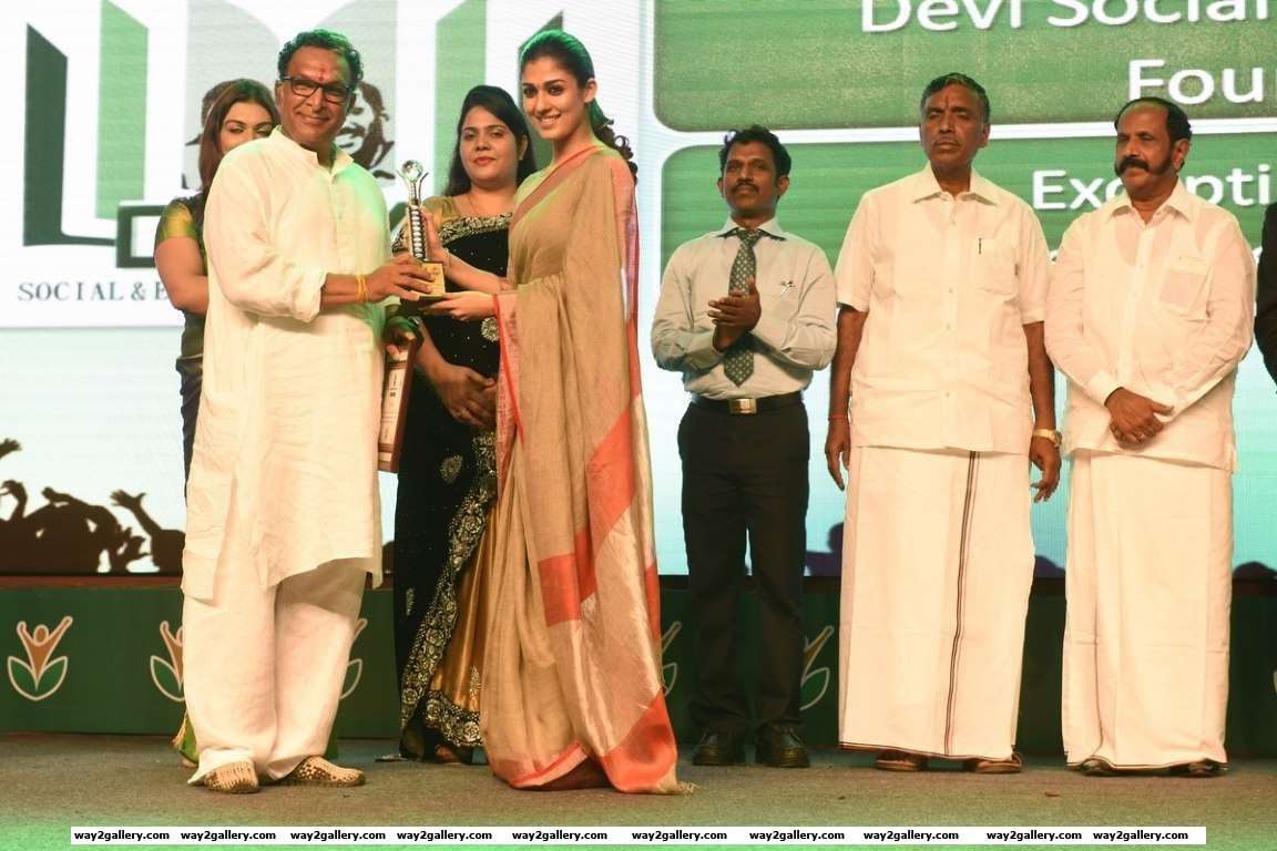 Nassar collected the Exceptional Service award on behalf of Devi Social and Educational Foundation at Amma Sports Foundation Awards