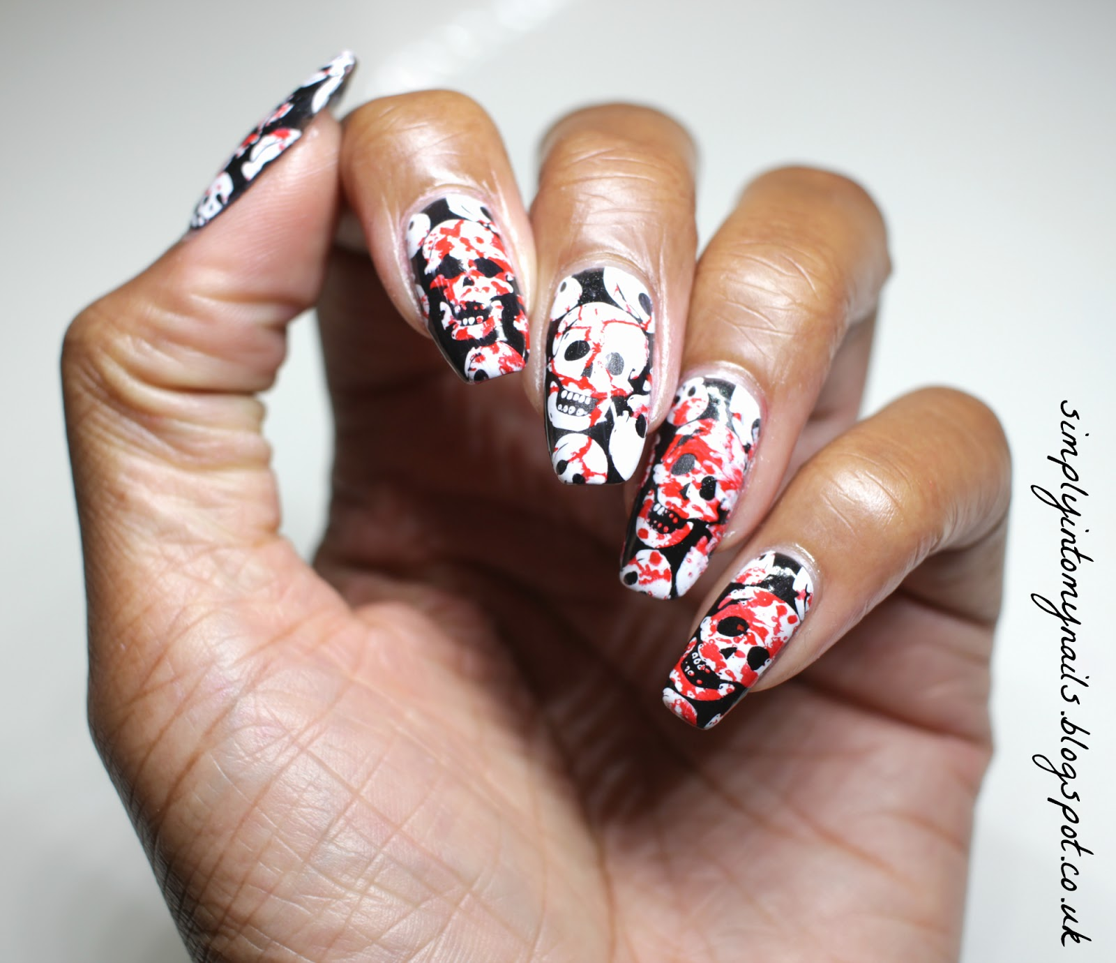 Halloween ~ Grusome Skulls   Simply Into My NAILS