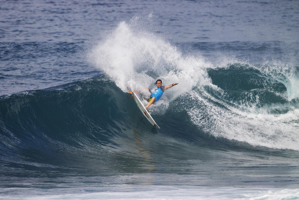12 Jordy Smith Billabong Pipe Masters Fotos WSL Kelly Cestari