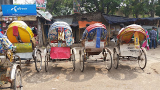 Korail Basti - You can not escape Rickshaws in Bangladesh